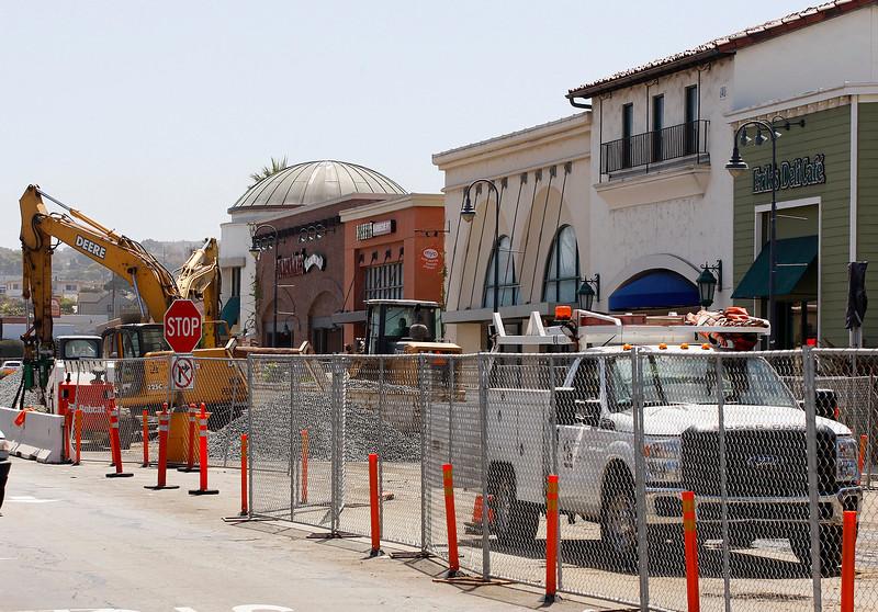 Broadway Avenue Construction