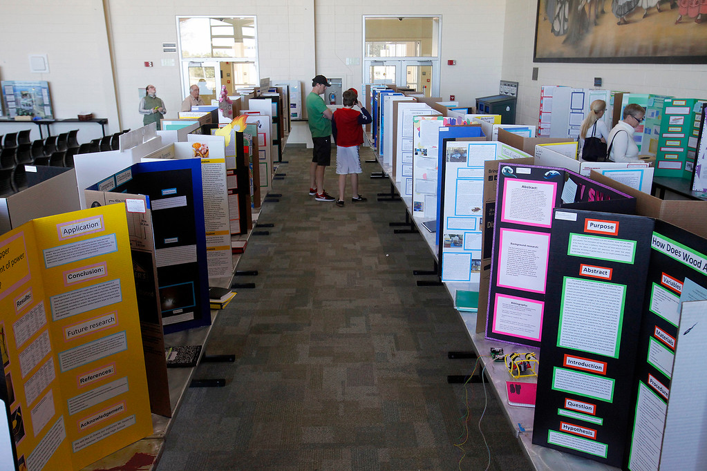 . Monterey County Science and Engineering Fair. The public was invited to view winning science projects at the University Center at CSU Monterey Bay on Sunday, March 12, 2017.  (Vern Fisher - Monterey Herald)