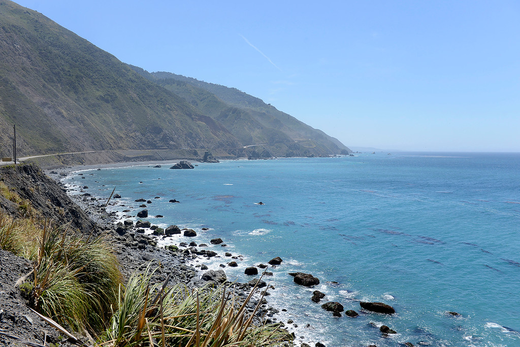 . Looking south from the Mud Creek slide on Highway One on Monday, May 7, 2018.  (Vern Fisher - Monterey Herald)