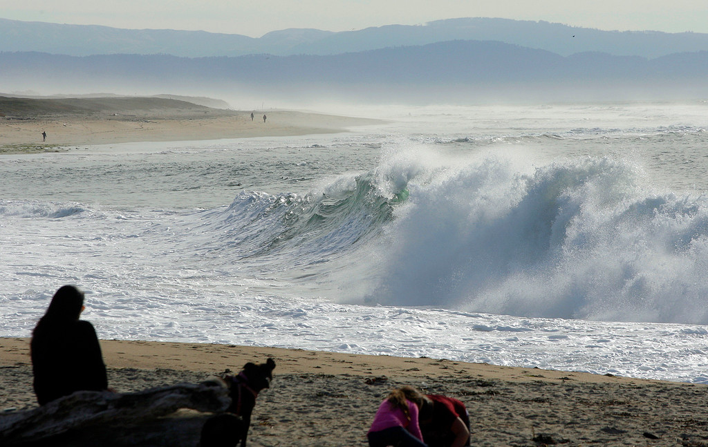 . Big surf just outside the Moss Landing Harbor on Tuesday, Nov. 14, 2017.  (Vern Fisher - Monterey Herald)