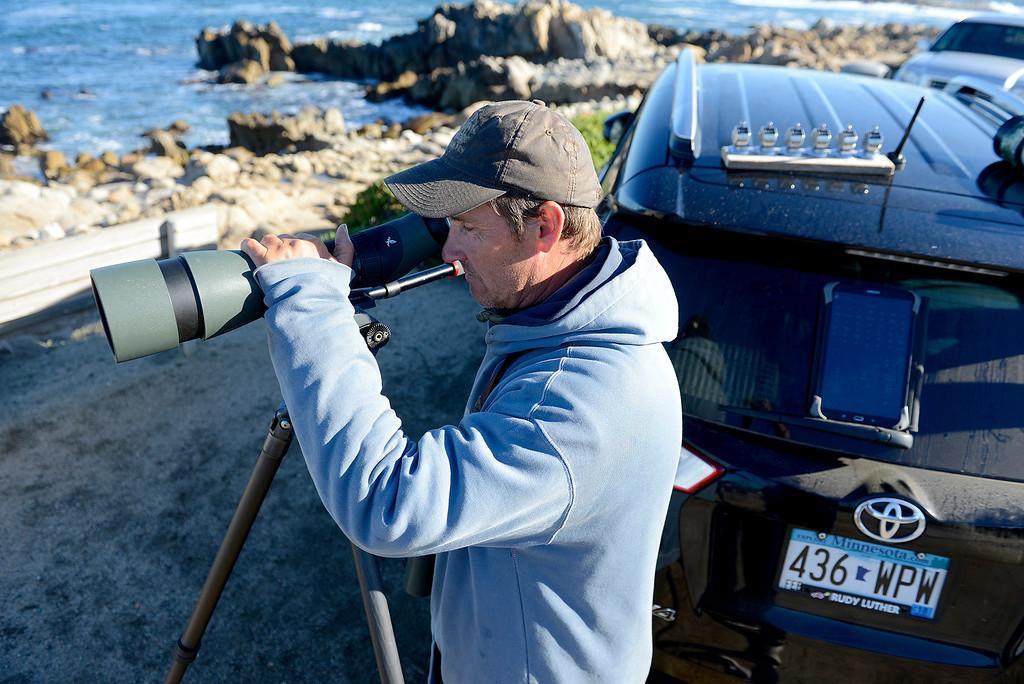 . (Vern Fisher - Monterey Herald)