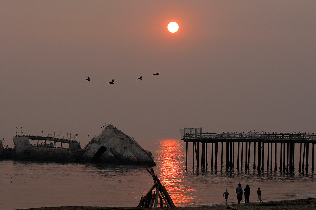 . Heavy smoke from the Camp Fire in Butte County hangs over Seacliff State Beach in Aptos on Saturday, November 10, 2018.  (Vern Fisher - Monterey Herald)