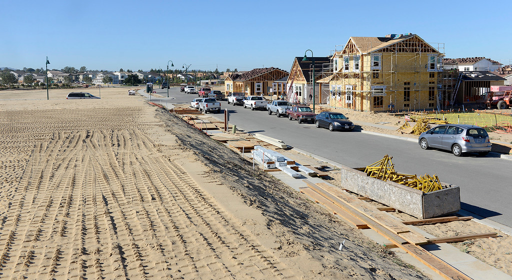 . Construction continues at the Sea Haven development in Marina on Thursday, Oct. 26, 2017.  (Vern Fisher - Monterey Herald)