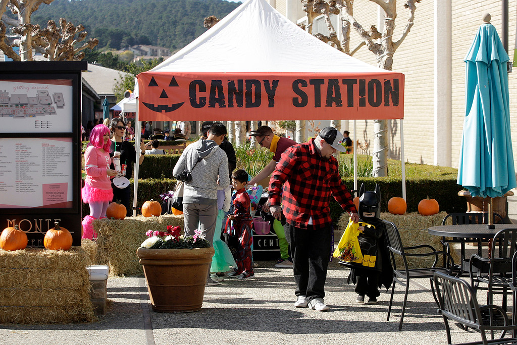 . Kids dressed in Halloween costumes for the annual Pumpkin Pandemonium at the Del Monte Center in Monterey on Tuesday, Oct. 31, 2017.  (Vern Fisher - Monterey Herald)
