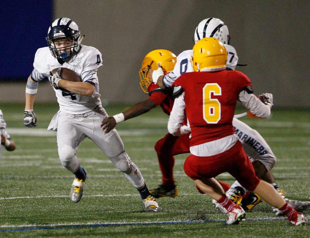 . Aptos running back Will Murphy (4) runs for yards in the second half of their game against Palma at Rabobank Stadium in Salinas on Friday, Sept. 22, 2017.  (Vern Fisher - Monterey Herald)