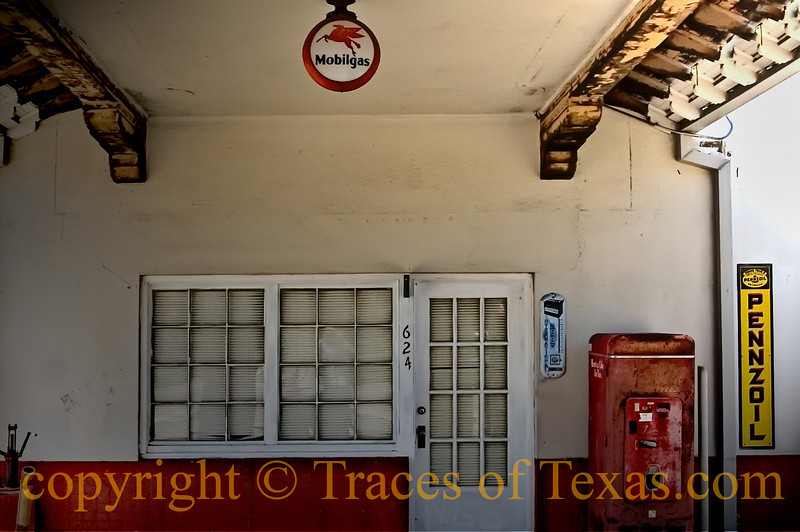 Title: Still is Still Moving to Me<br /> <br /> Comments: <br /> <br /> Location: Goliad