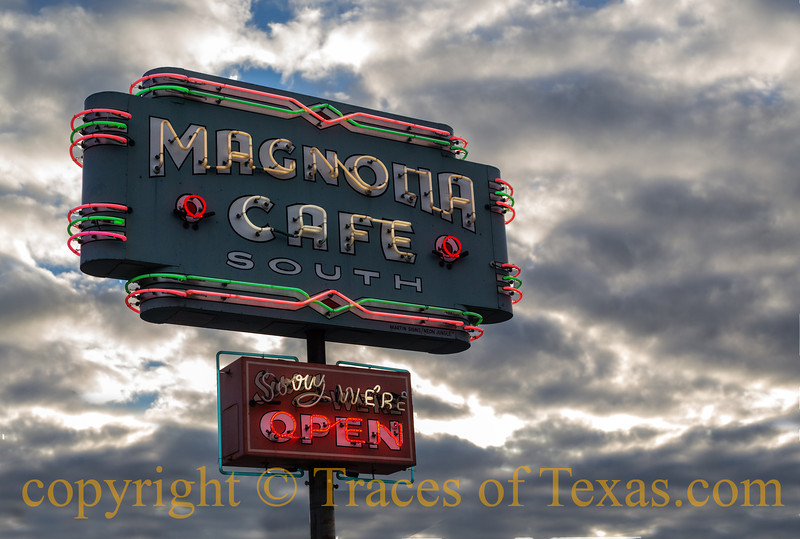 Title: Magnolia of My Eye<br /> <br /> Comments: Oh, lordy, if I had a dime for every time the Magnolia has delivered me from late night/early morning starvation, I'd be a wealthy man.<br /> <br /> Location: Austin