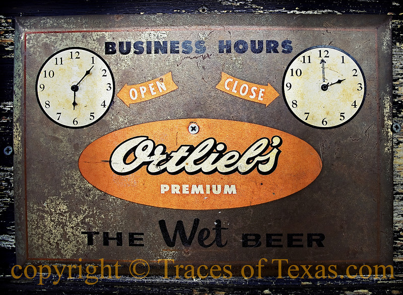 <br><br>Title:  A Sign of Good Taste  Comments: I like a beer that's <i>WET</i>, don't you? Those dusty beers are not for me.   Location: Austin