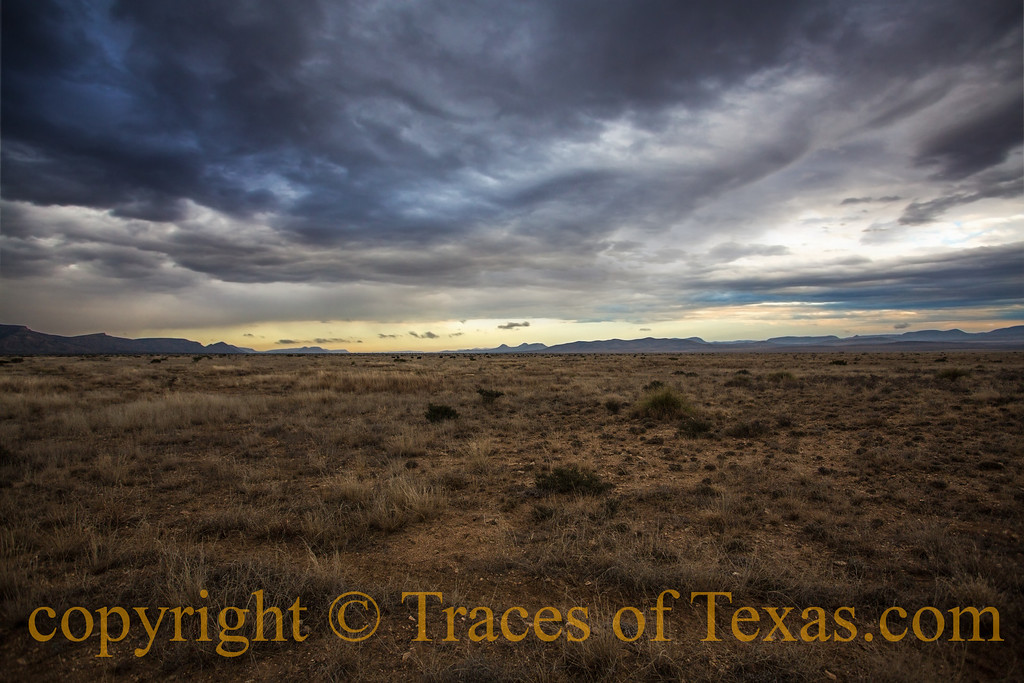 Title: False Alarm<br /> <br /> Comments: The norther looked like it was going to be  much more vicious than it turned out to be. <br /> <br /> Location: near Marathon, Texas