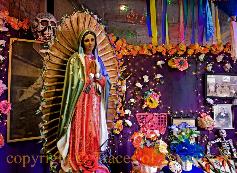Title:  When the Brokenhearted People Living in the World Agree<br /> <br /> Comments:  As an Anglo, so many aspects of Mexican culture fascinate me. This is one of them. <br /> <br /> Location: San Antonio