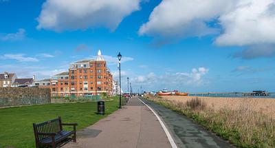 Oct' 25th 2021 .  Deal Promenade looking North