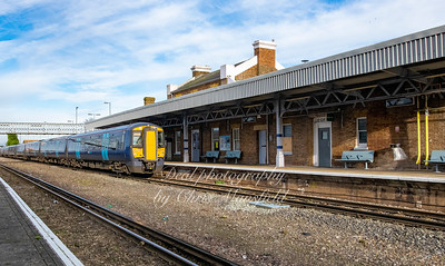 Dec' 30th 2020...  11.43 train to Charing Cross at Deal station