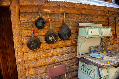 Antique oven and pans