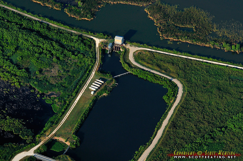 NSRA discharge pump station on the north-east side of Lake Apopka near Lust Rd