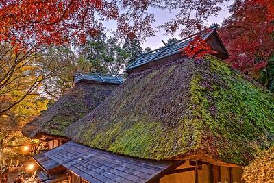 草庵の秋暮れ