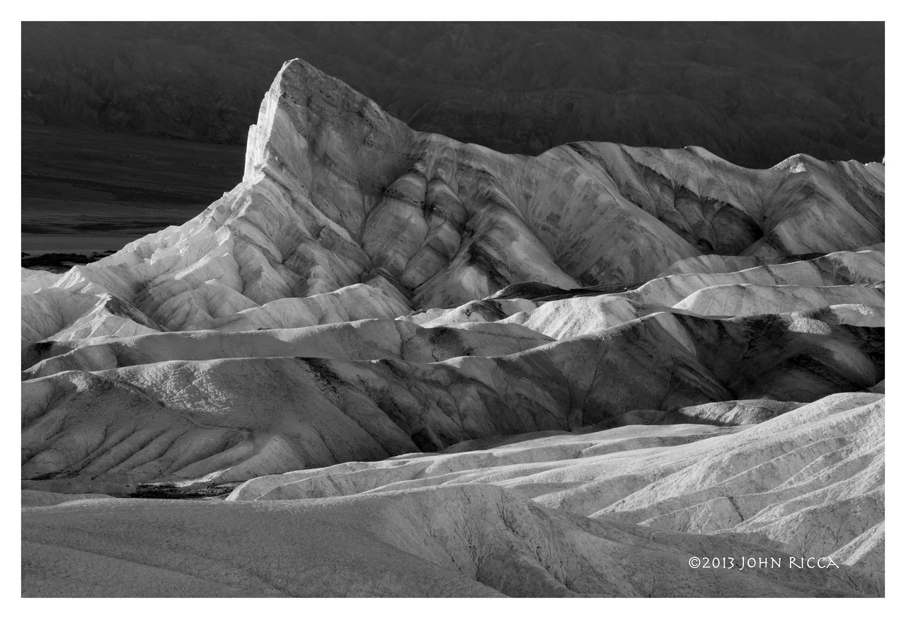 Manly Beacon, Death Valley B&W