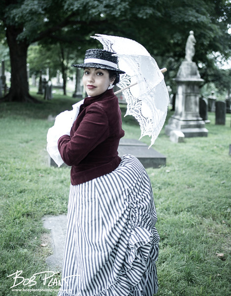victorian picnic at laurel hill cemetary