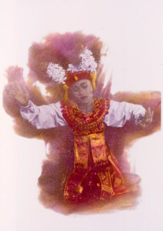 Female Gambuh dancer - Bali