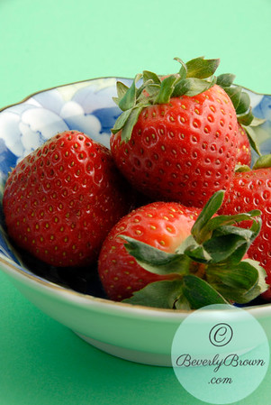 Strawberries in a blue and white bowl