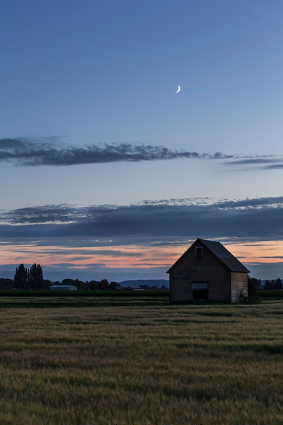 Crescent Moon & Barn, near Mt Vernon, WA