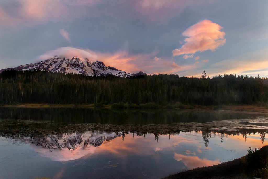 Sunrise on Mt Rainier at Reflection Lake, Mt Rainier National Park, Washington
