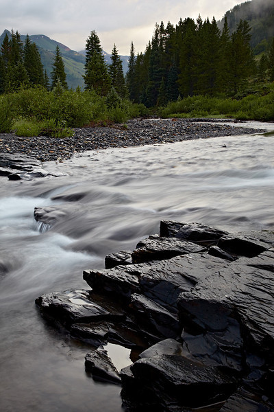 Slate rock and cascades in the Slate River near Crested Butte, Gunnison National Forest, Colorado, USA.