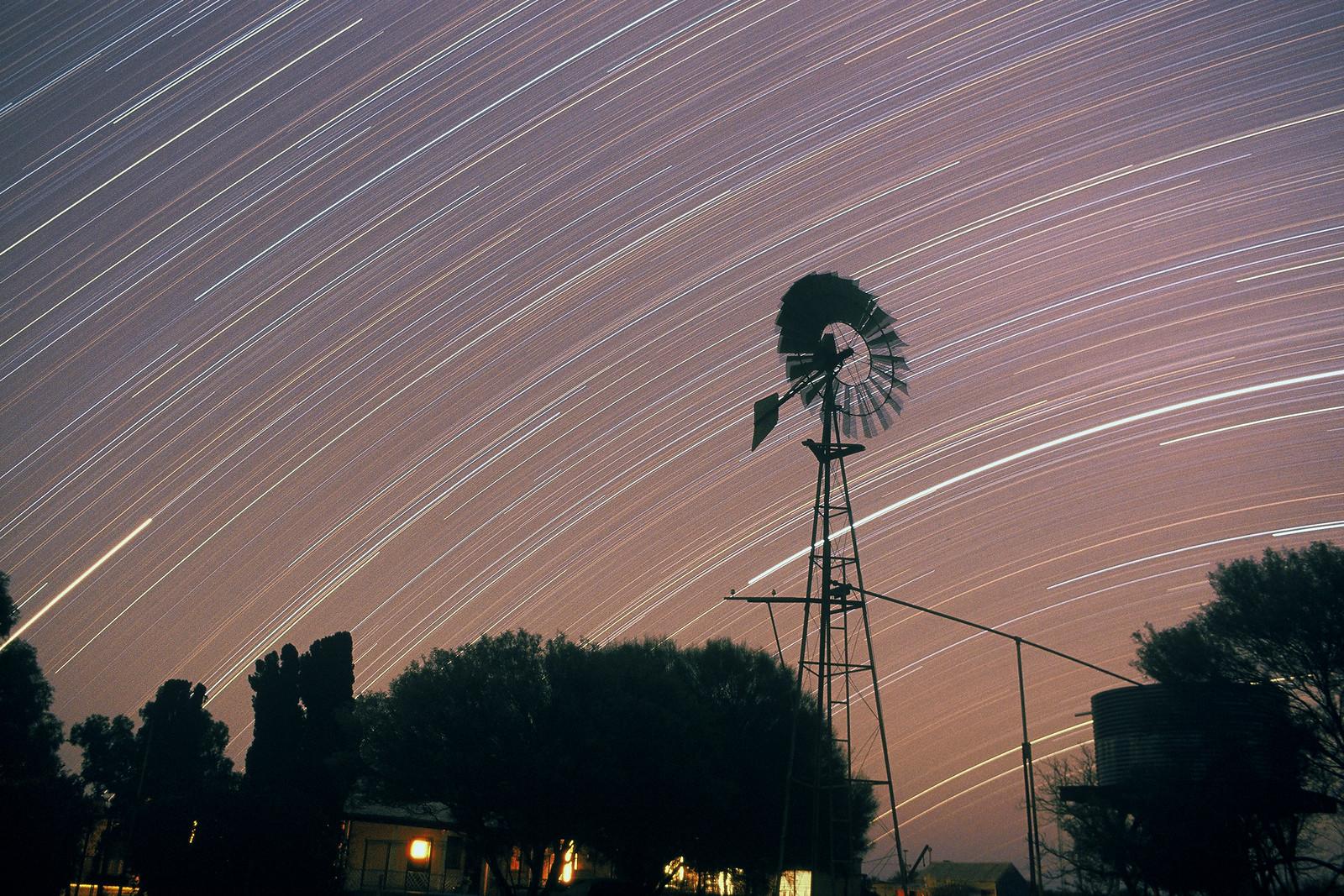 Stars' powered wind mill