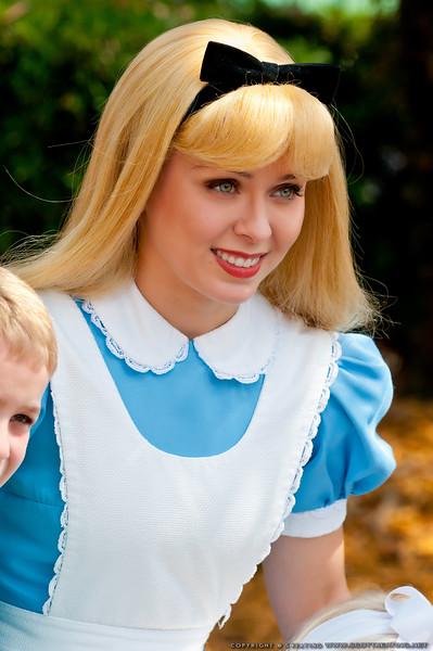 Alice<br /> Alice (in Wonderland) - The Magic Kingdom, Disney World