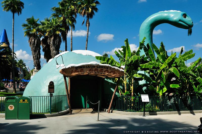Gertie the Ice Cream dinosaur - Disney's Hollywood Studios, DIsney World
