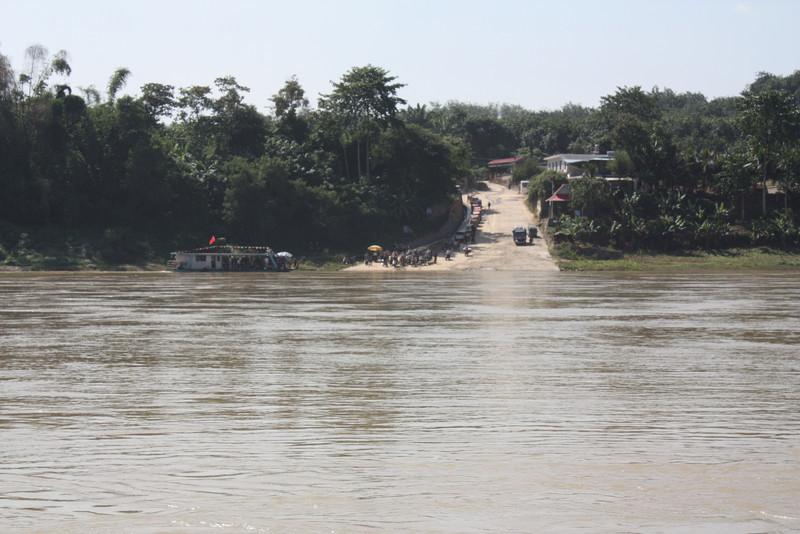 Ganlanba, waiting for the Mekong shuttle