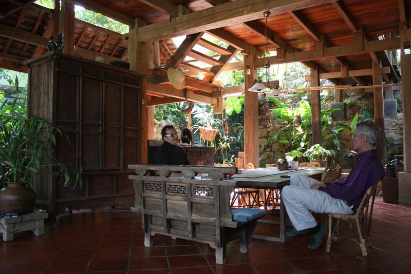 Jinghong, Yourantai, chatting with Gerard