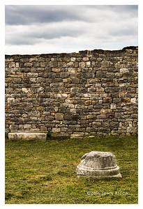 Salona Column Base & Wall