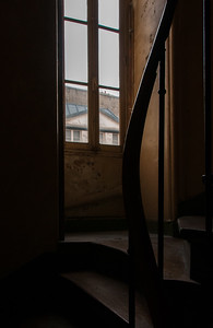 Stairwell to the 5fth-floor apartment we were renting on the Quai des Grands Augustins