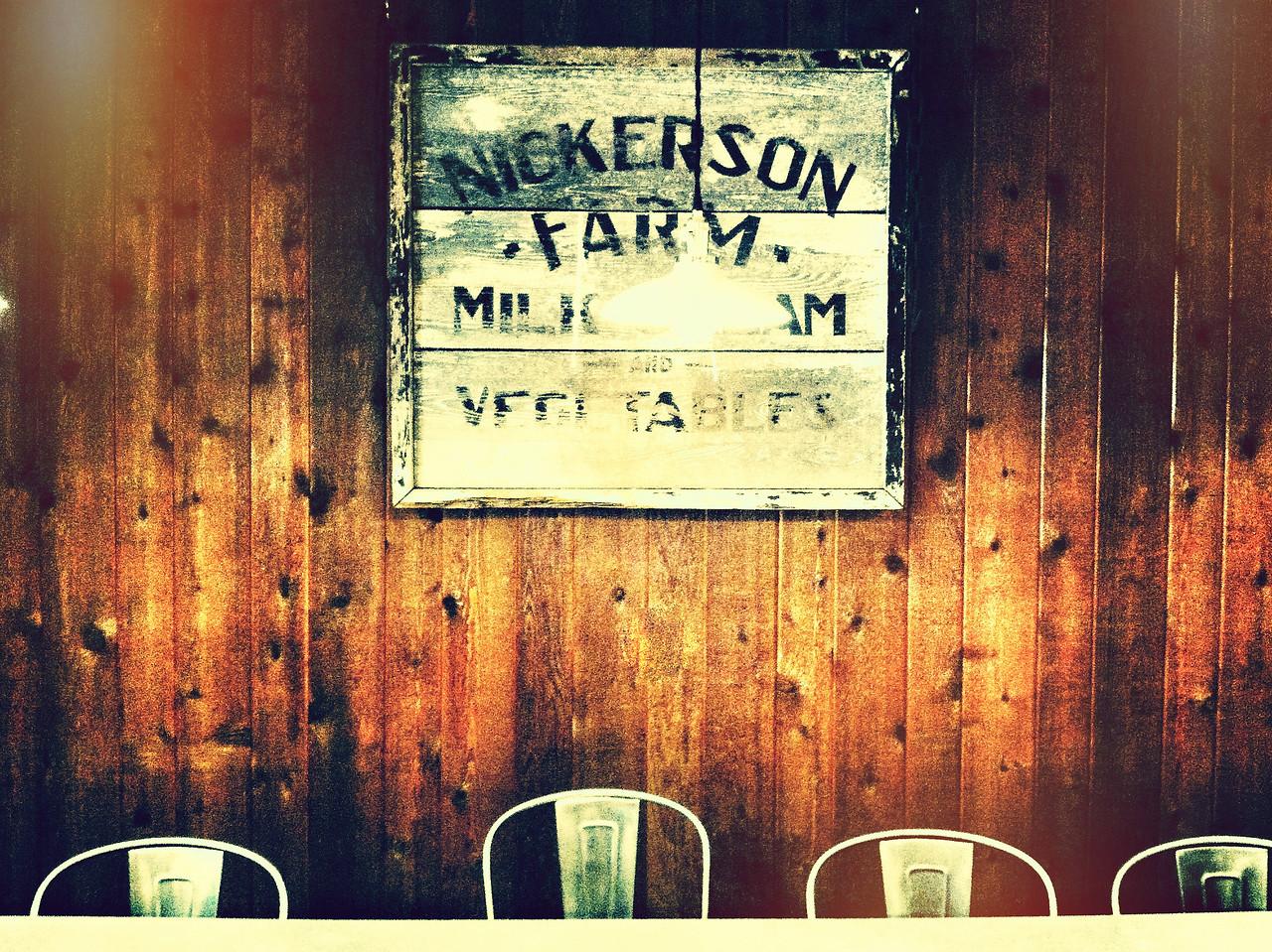 Stockton Market Table