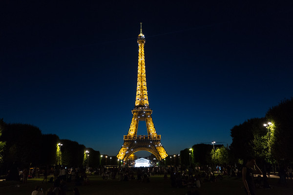 Nighttime at the Eiffel