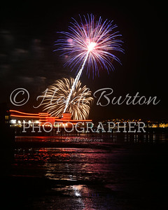 GRand Pier Fireworks Display by Heidi Burton, Weston-super-Mare Photographer