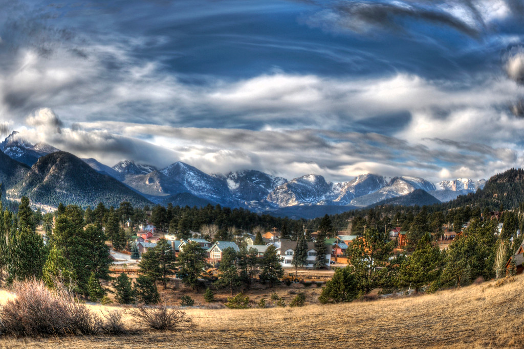 Snow Globe~    Estes Park, CO    The charming village of Estes Park, Co.  If you haven't been, you're missing out!