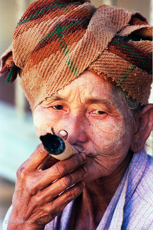 Cheroot Smoking Woman (Bagan)