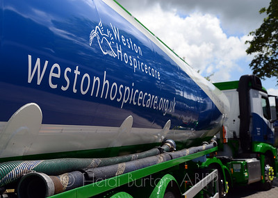 Bob Wayne Oil Corporation (BWOC) in Weston-super-Mare, are supporting Weston Hospicecare and sowing the support with a new fuel tanker liveried with Weston Hosipicecare colours.