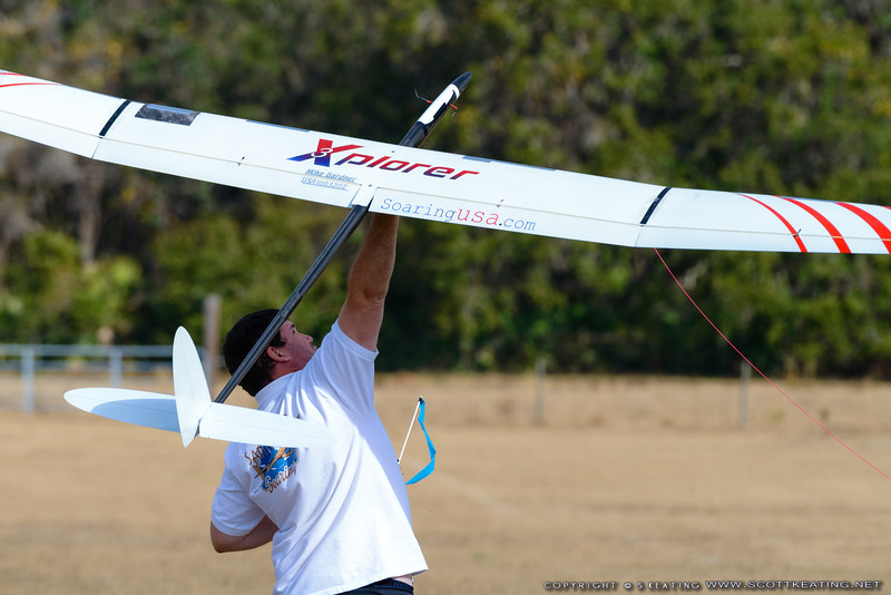 Mike Gardner launching his Xplorer - FSS (Florida Soaring Society) contest #1 2018, hosted by the Orlando Buzzards in Christmas, Florida