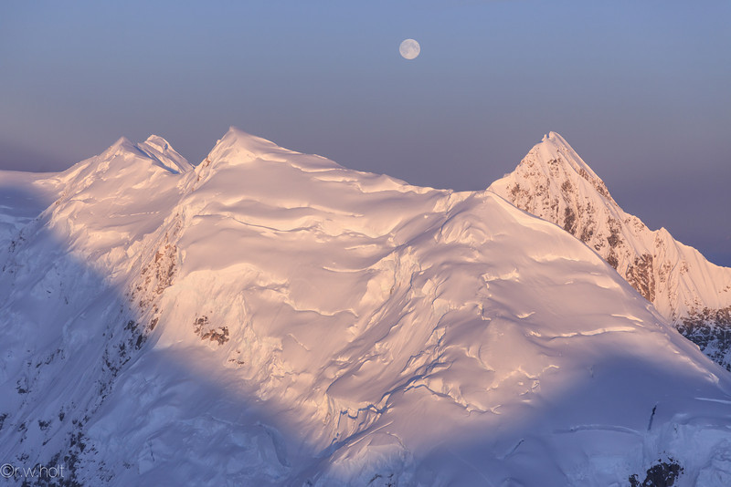 Monrise on the ridges of Denali