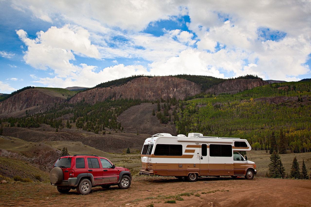 A dispersed campsite along the North Fork of the Gunnison River, Gunnison National Forest, Colorado, USA.