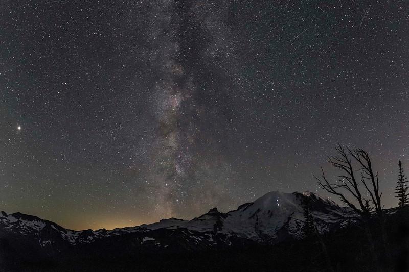 Milky Way over Mt Rainier with Mars