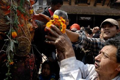 First day of Bisket Jatra: devotees worshiping Beta Dyo
