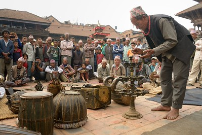 First day of Bisket Jatra: men playing and singing hymns before the beginning of the festival