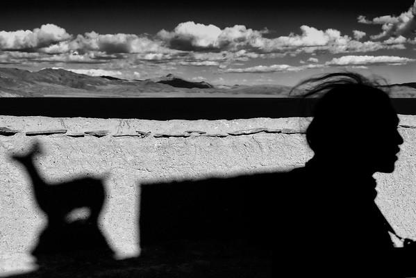 Shadow, silhouette & tibetan landscape