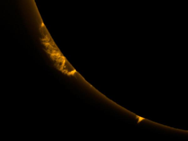 Solar Prominences close-up 2015-10-23, 17:31:43 UTC