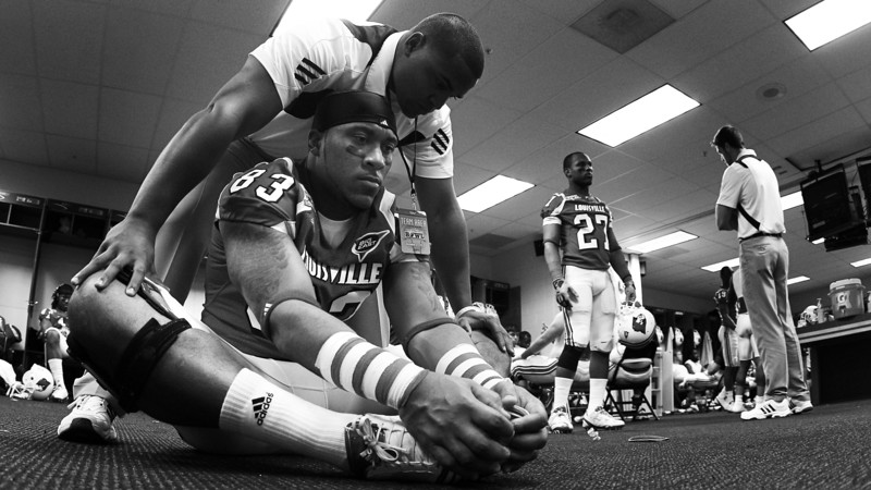 Louisville Football pregame preparations, 2011 Beef O' Brady's Bowl.