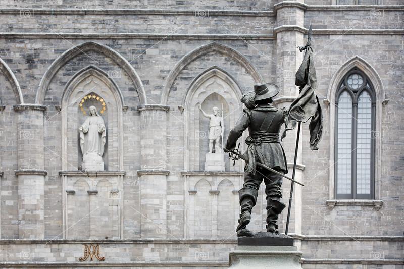 Basilica Notre Dame detail
