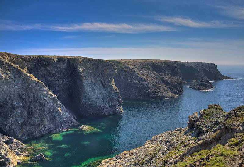 """Near """"La Grotte de l'Apothicairerie"""" on the northwest coast"""